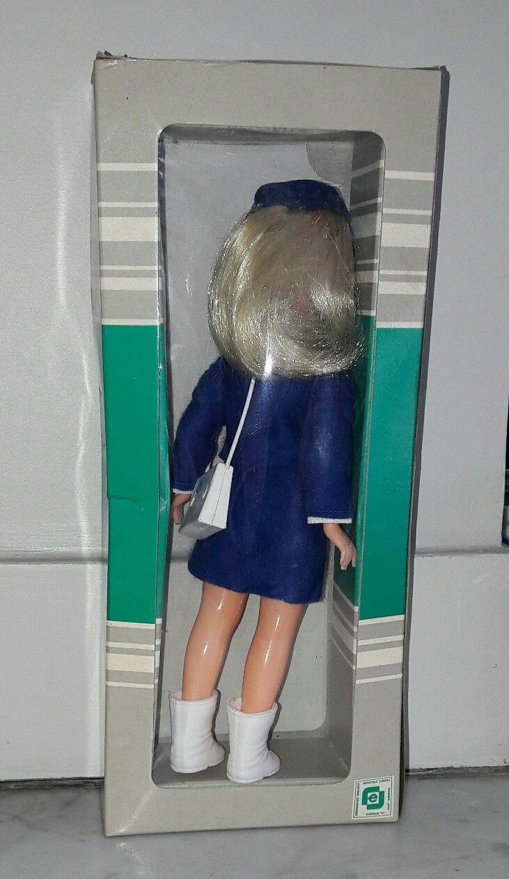 Ancienne poupée vintage HOTESSE DE L'AIR en boîte années