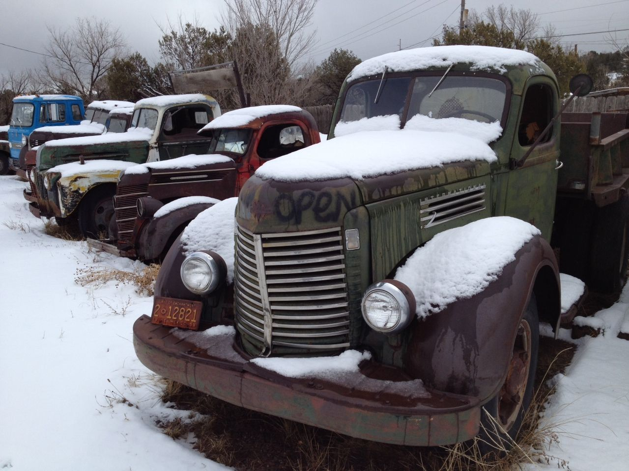 Albuquerque Salvage Yards >> Vintage Trucks At A Junk Yard Just Outside Albuquerque Nm Off