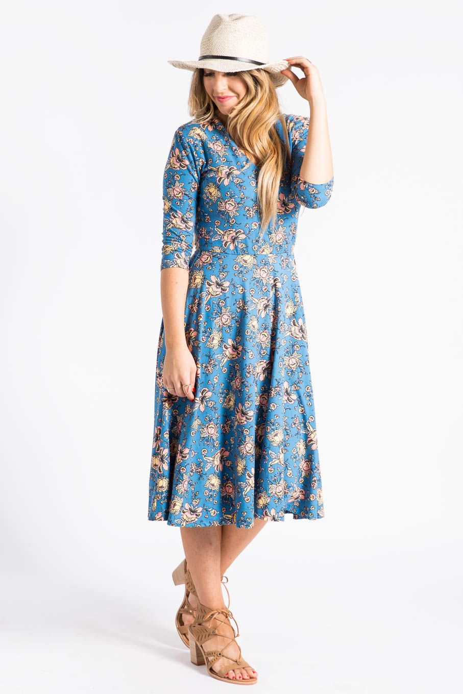 Cute Curie Dress with pockets. Falls just below knee, 3/4 sleeve, v ...