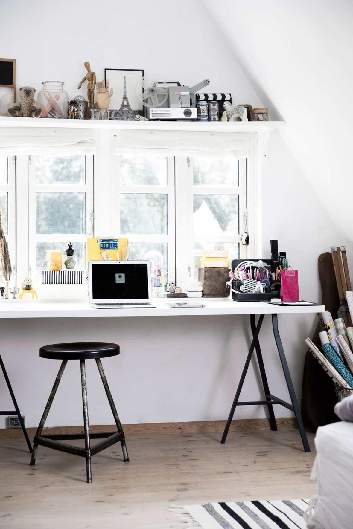 Interessen hennes for gjenbruk gjenspeiles i rommet. Bli med inn og se det hyggelige rommet til kreative Camille på 14 år. #interessen