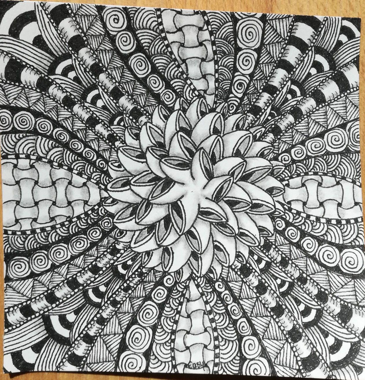 Pin By Jennifer Graham On Zentangle Zentangle Patterns Tangle