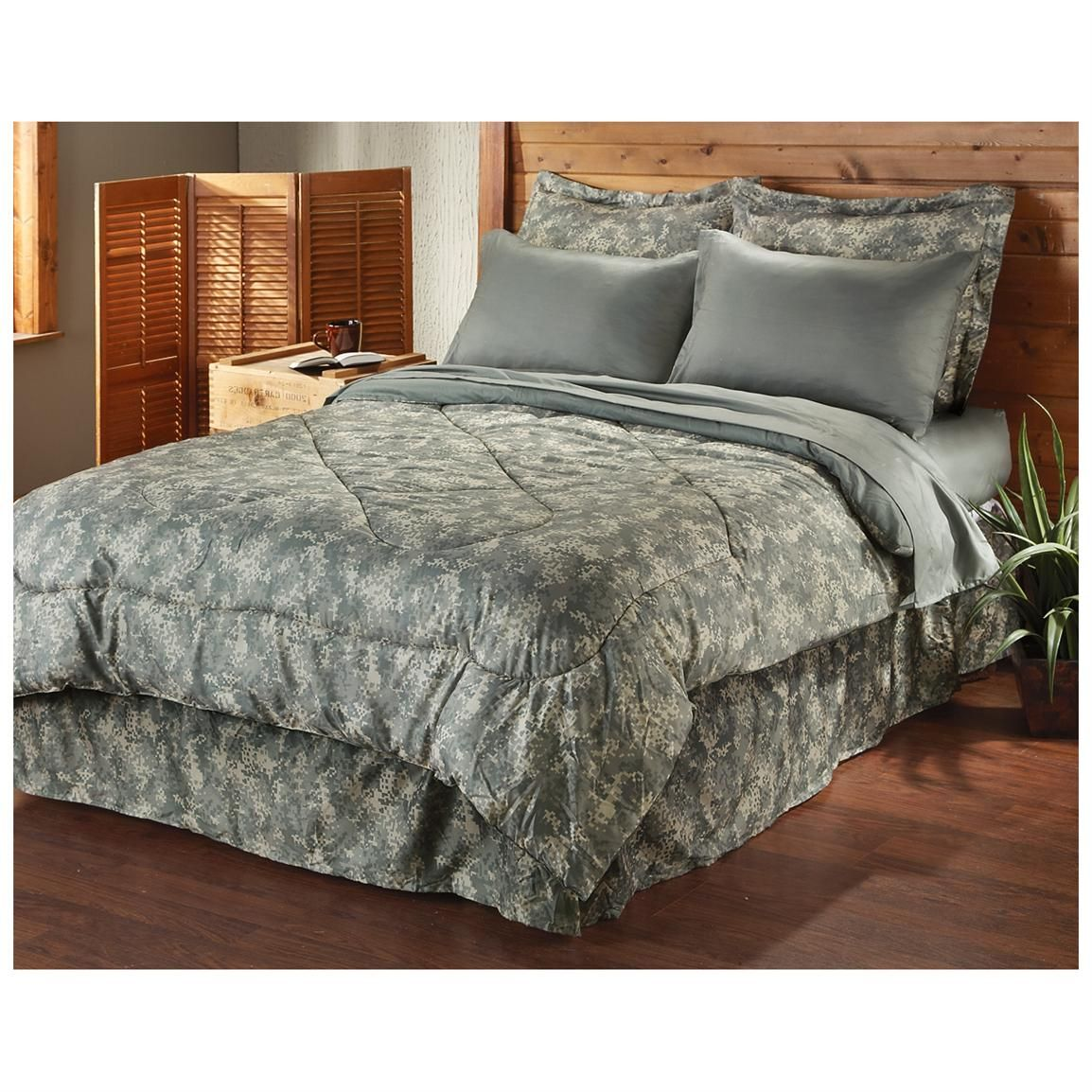 camo bedroom set. Sportsman s Guide has your HQ ISSUE  Complete Bed Set available at a great price in our Comforters collection SAVE BIG Home Decor Pinterest