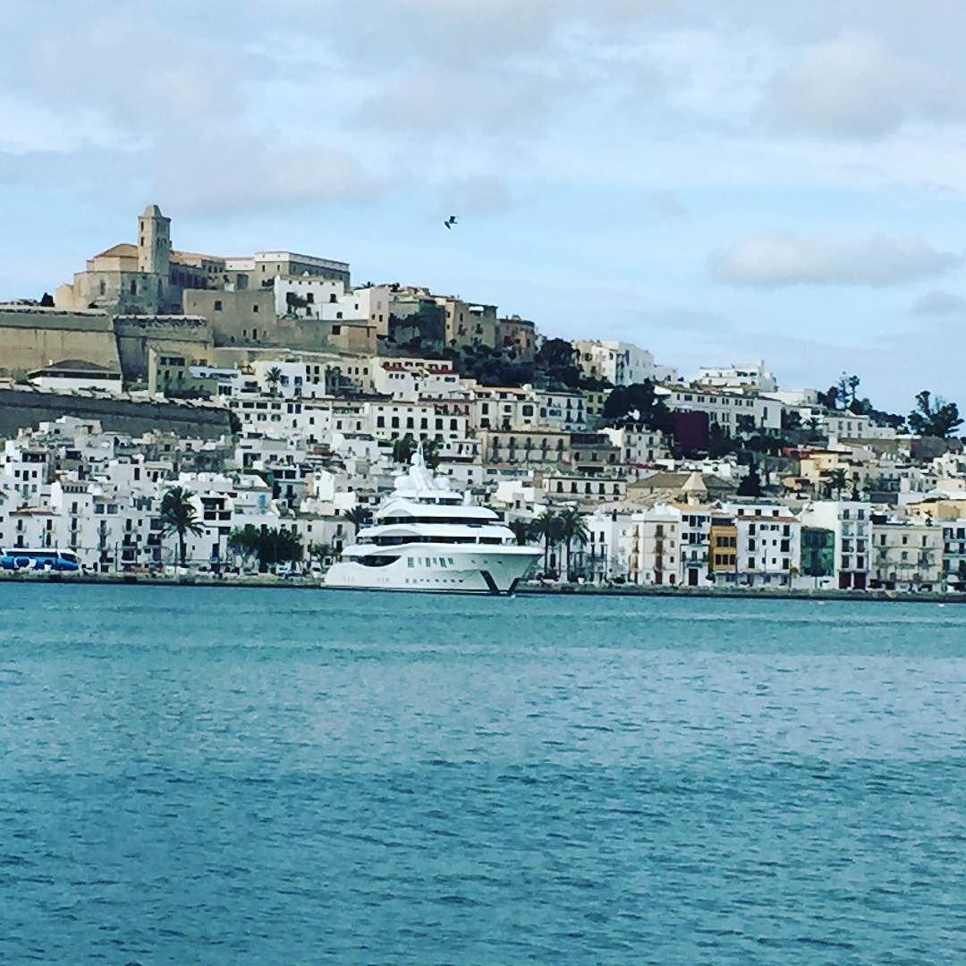 LADY LARA in Ibiza Magna Port in front of Dalt Vila. She's been cruising round Ibiza for over a week now. #ladylara #luerssen #luerrsenyachts #daltvila #ibiza #ibizamagna #cappuccino #marinaibiza #marinabotafoch #sourceluxuryyachts #superyacht #megayacht #yachtcharter #superyachtcharter by sourceluxury