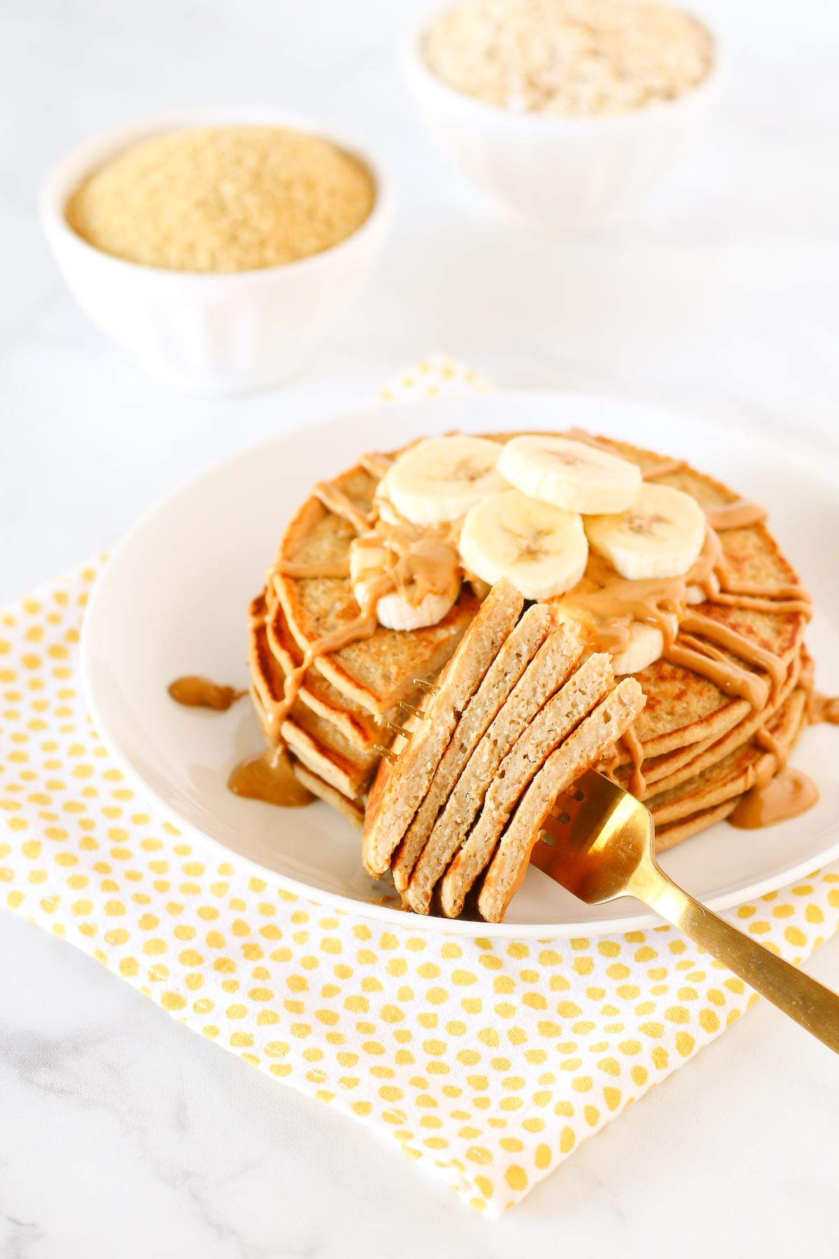 Gluten free vegan banana oat blender pancakes Recipe