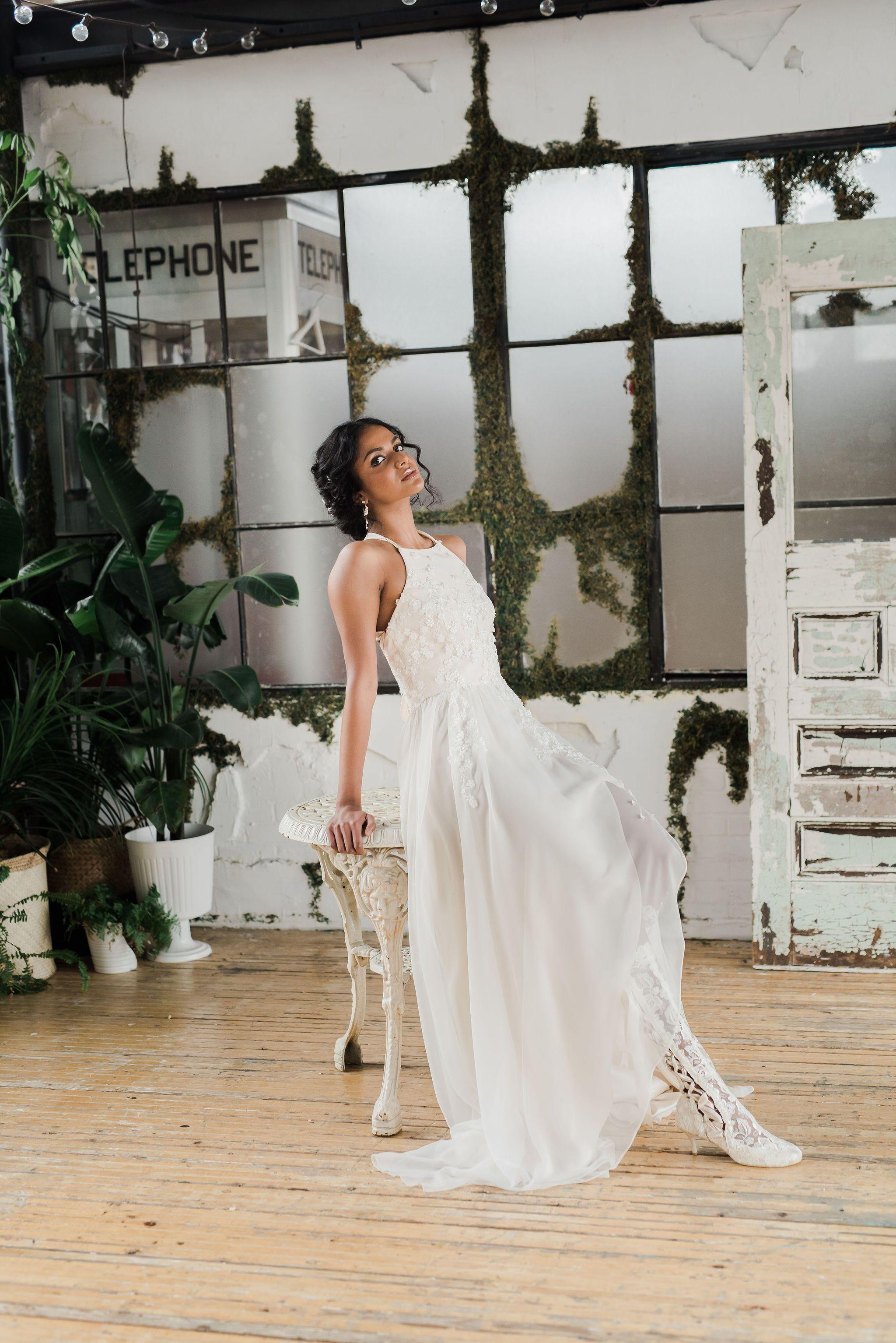 Halter Neck Wedding Dress Sargasso Halter Top Wedding Dress Halter Wedding Dress Lace Short Girl Wedding Dress [ 3068 x 2048 Pixel ]