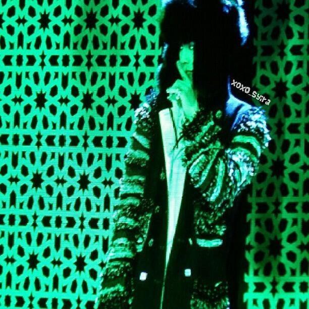 G-Dragon @ Singapore Fide Fashion Week (131012)