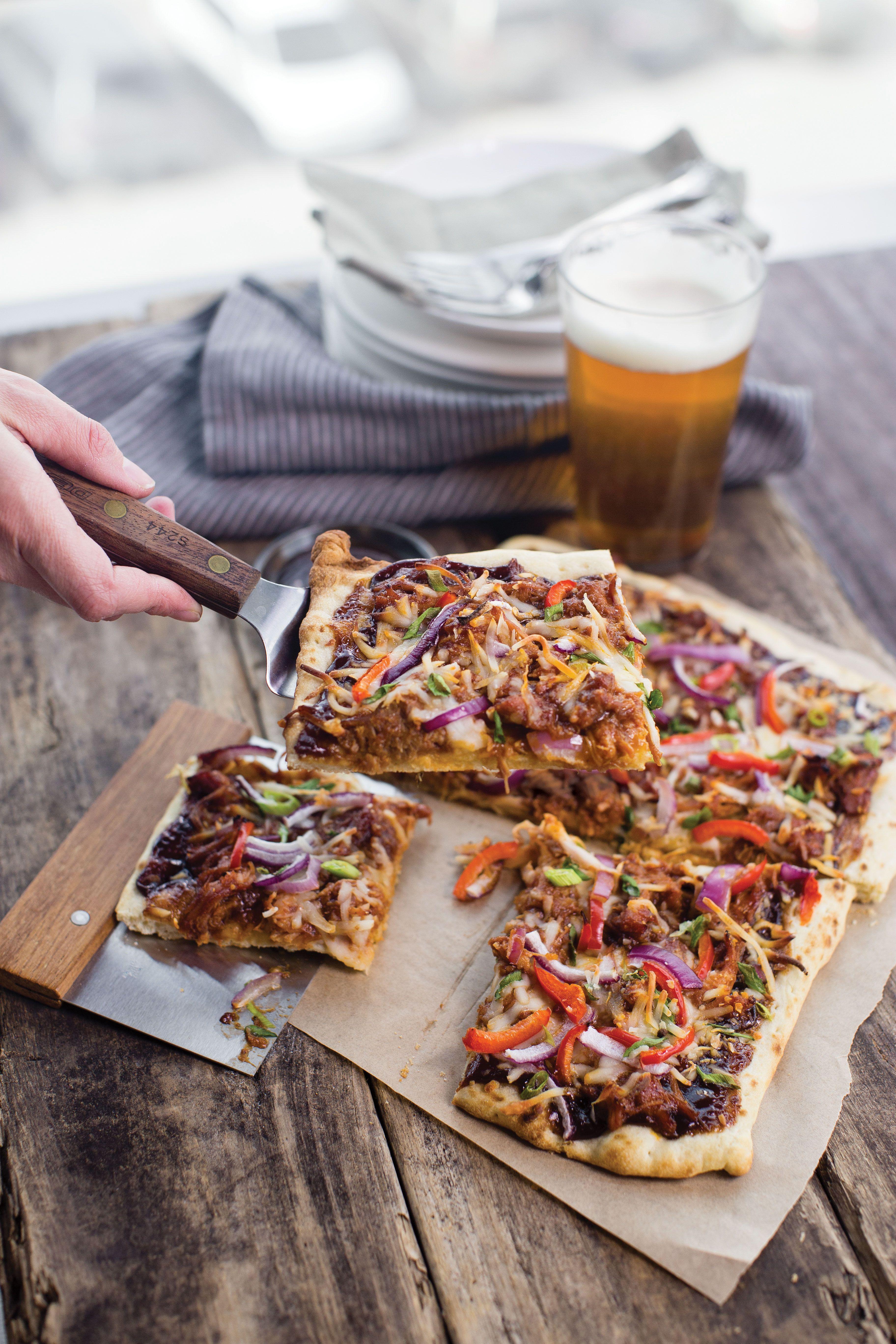 Barbeque chicken pizza yemek tarifi