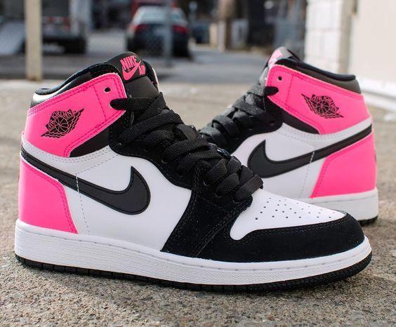 3e2d0146b Air Jordan 1 Retro Pink  airjordan1  jordansneakers  airjordanshoes   jordansshoes  nike  shopping  sneakers  shoes  basketballshoes  airjordan   retro   ...