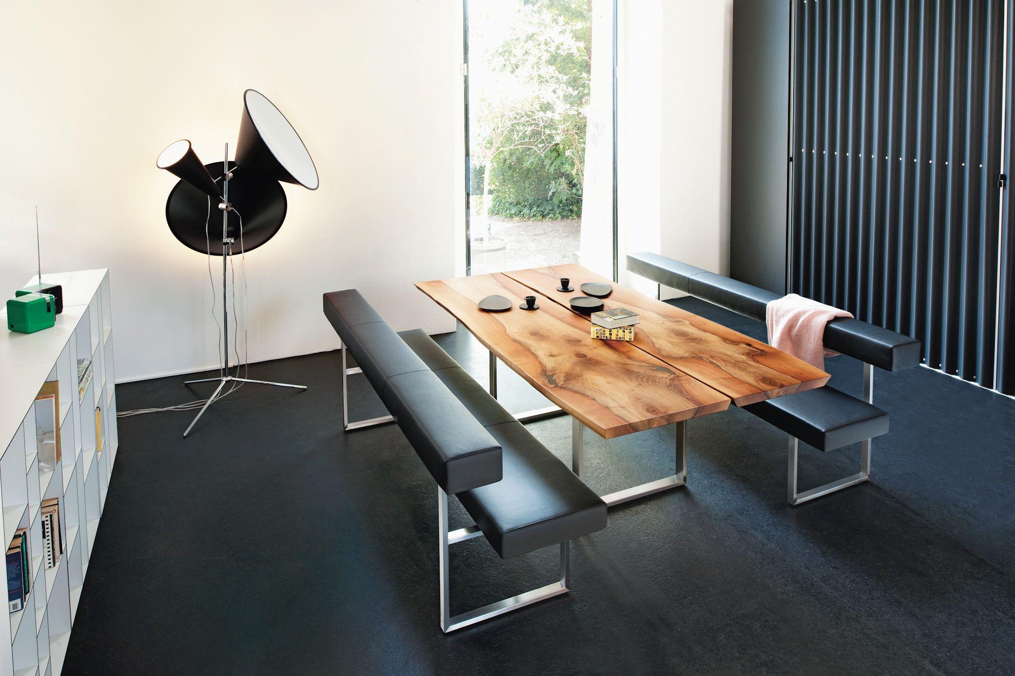 Esstisch | Holz | Europäischer Nussbaum | Echte Baumkante | Bank | Leder |  Schwarz |
