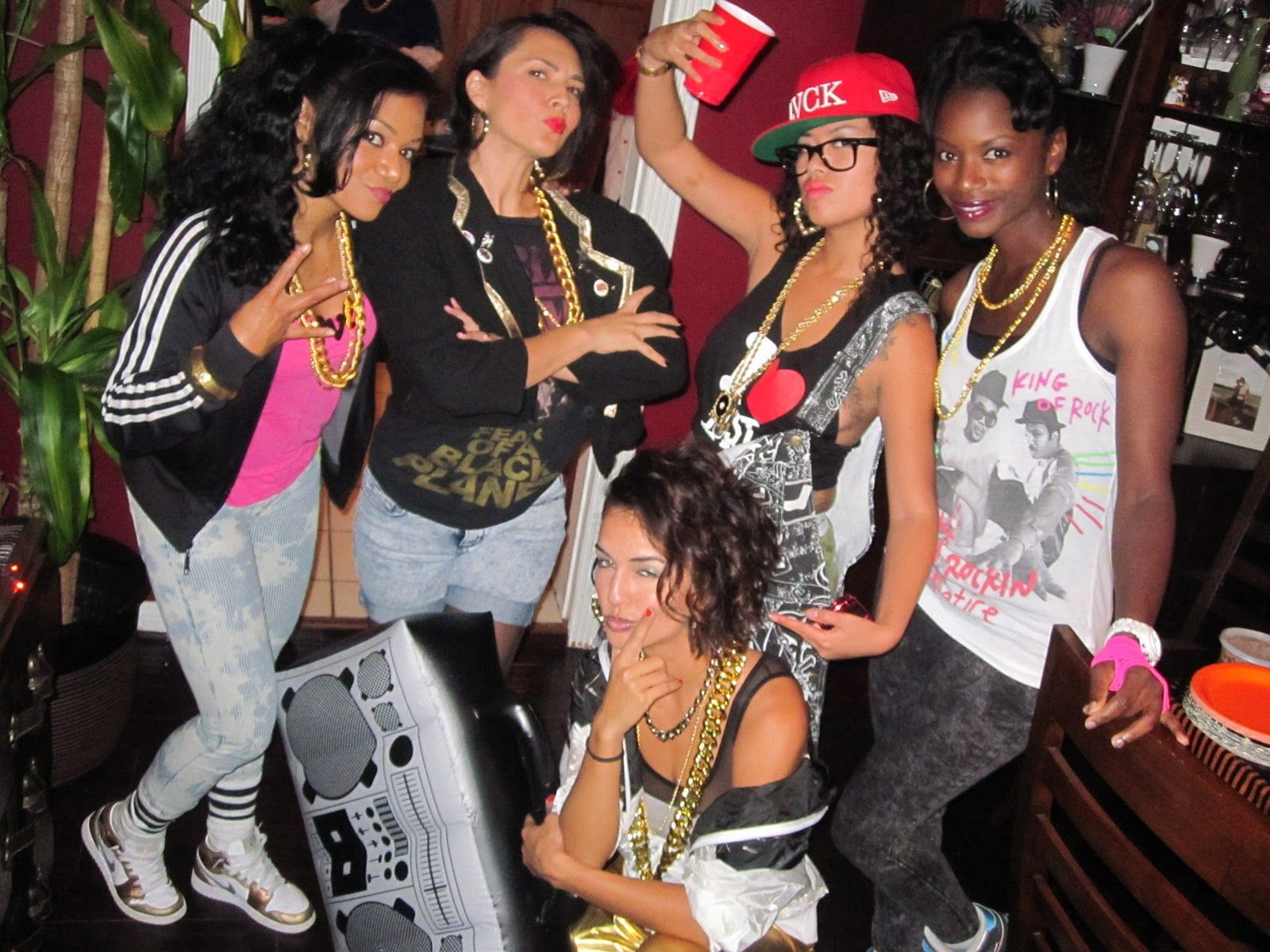 Posts From October 2010 On The Tk Times 90s Theme Party Outfit 80s Hip Hop Fashion 90s Hip Hop Outfits
