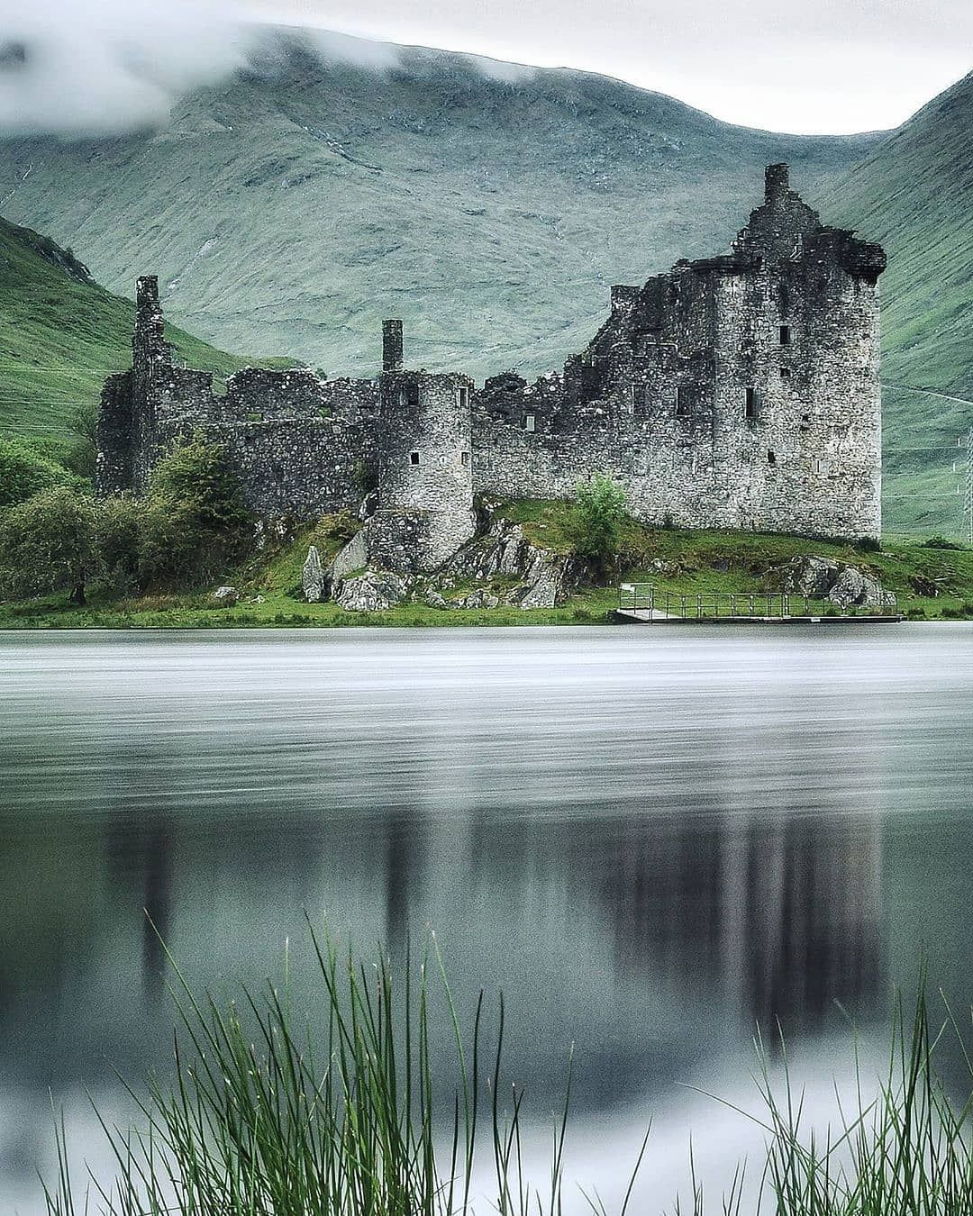 "Planet Earth 🌎 on Instagram: ""Photo by @jamesalroca Kilchurn Castle. #🏴 #nature #place #planet #travel #tlpicks #scotland #worldshotz #superhubs #landscapes…"""