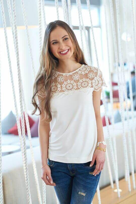 Romantisches Shirt mit Spitze | ШИТЬЕ И КРОЙ | Pinterest | Nähen ...