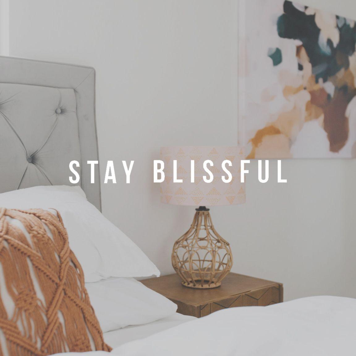 Elizabeth McCravy Showit Website Template Shop - Stay ...