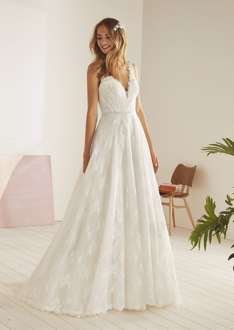 Romantische Trouwjurk.Trouwjurk White One Ojeda White One Trouwjurken Sexy Wedding
