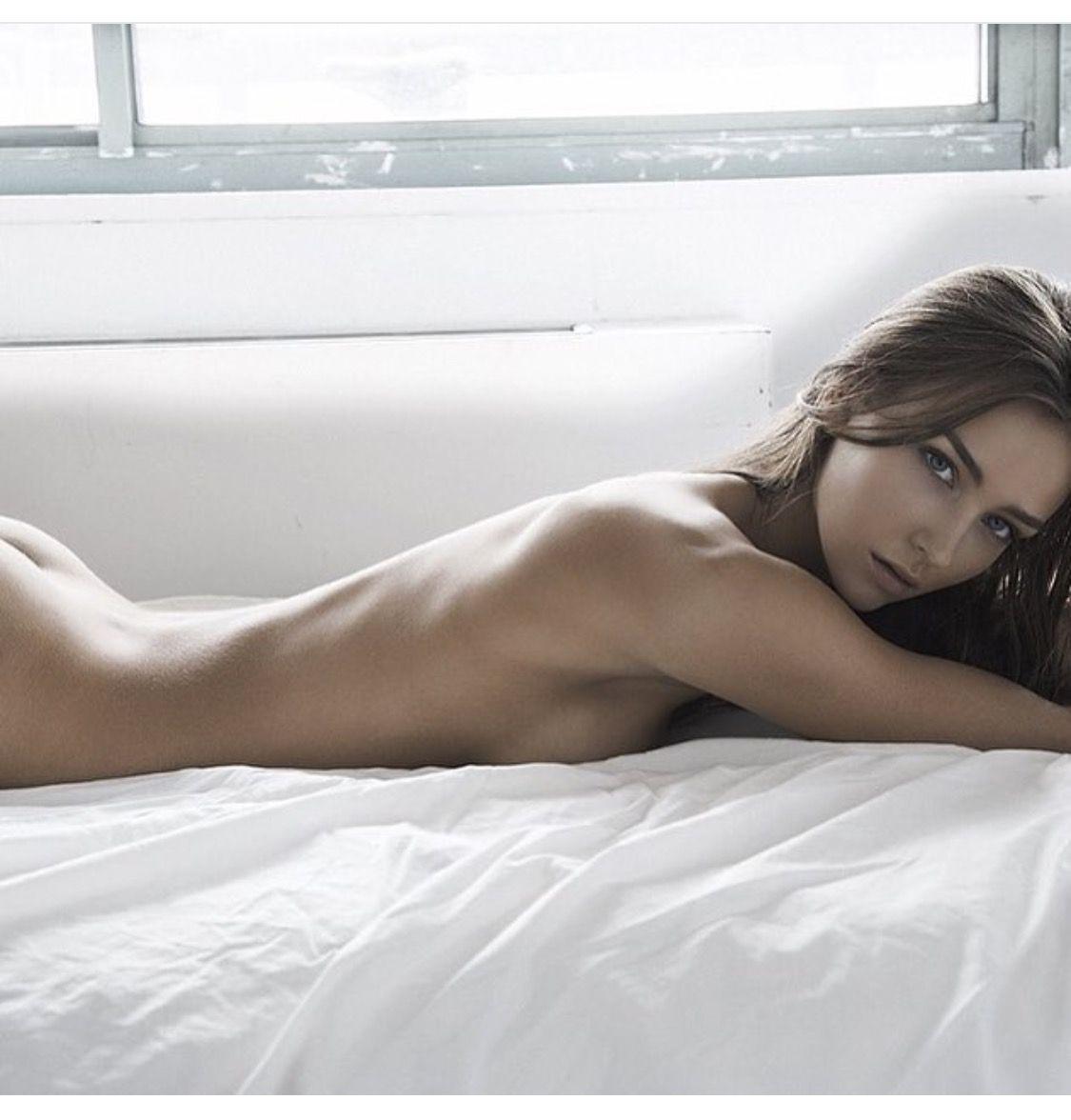 Rachel Cook (ಠ_ರೃ)