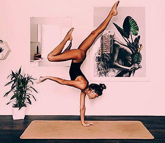"""Photo of """"Yoga bedeutet Zugabe – Zugabe von Energie, Kraft und Schönheit zu Körper, … – Taxim"""