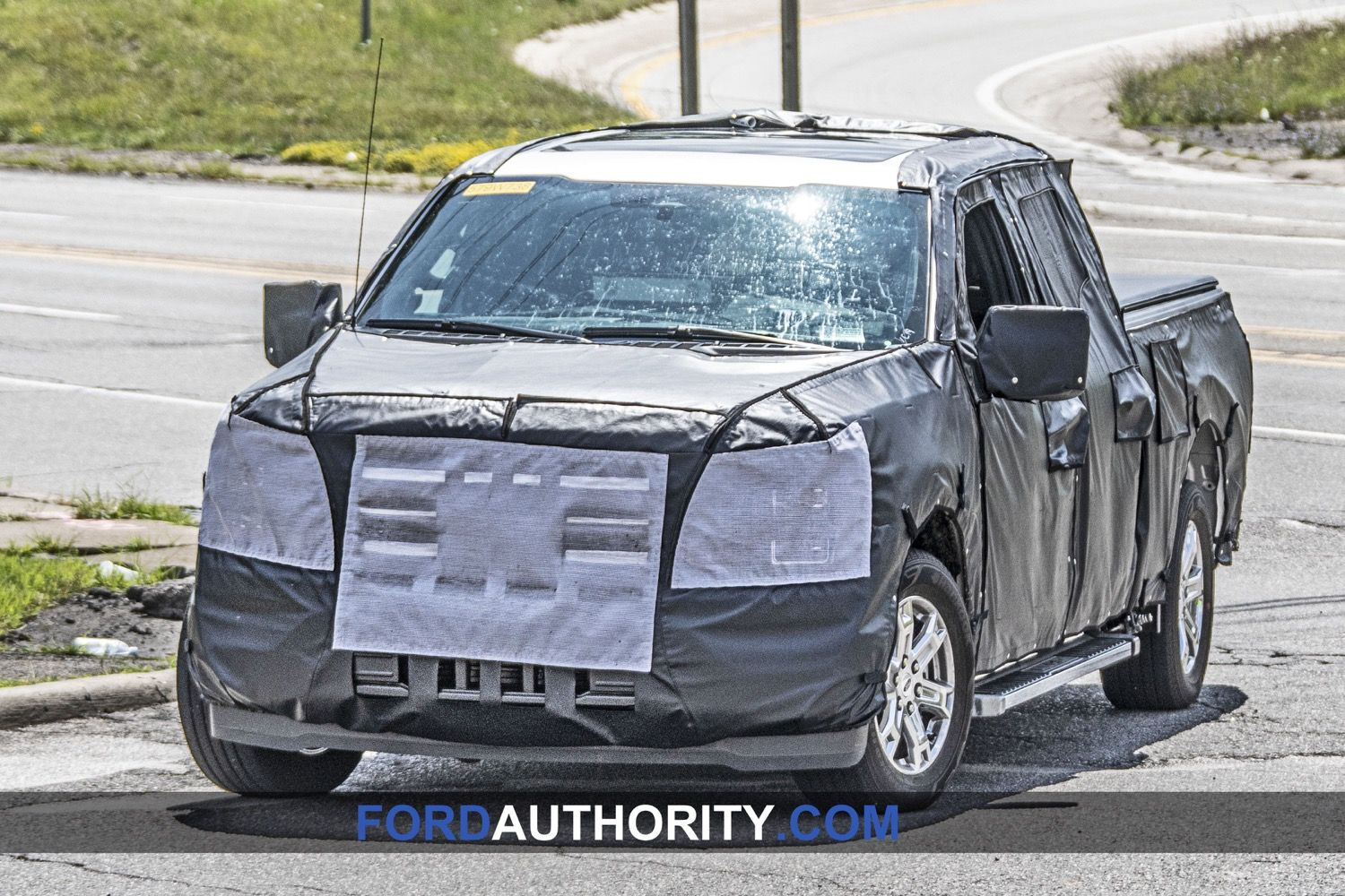 2021 Ford F 150 Interior Screen Spied Lincoln Mark Lt Ford F150 Ford Lightning