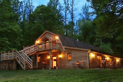 The Barn At CornerStone Cabins Southern IL Cabin Rental. Pomona, IL