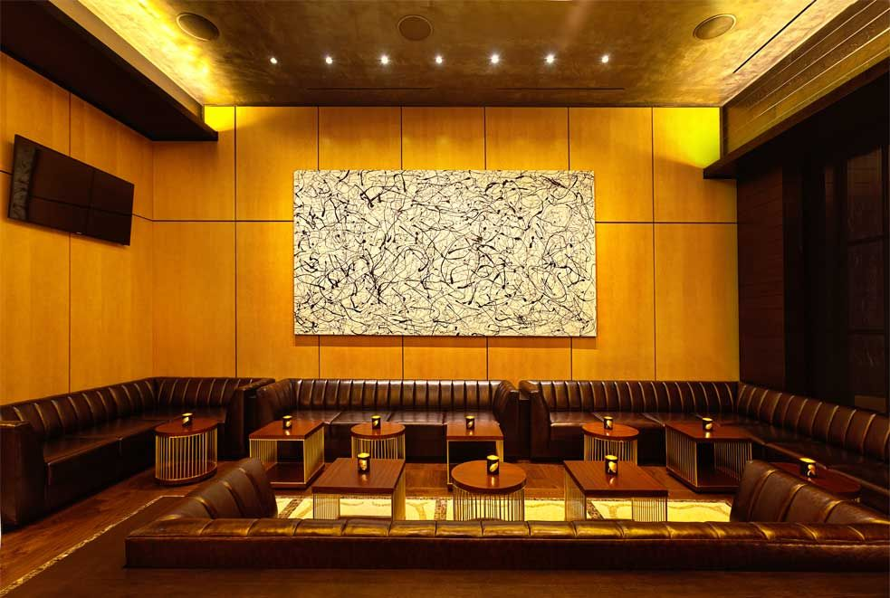 Our Sanfoot Wood Veneer Wallcovering Is A Timeless And Elegant Addition To Any Interior What With Images Steakhouse Interior Wall Coverings Vinyl Wallcoverings