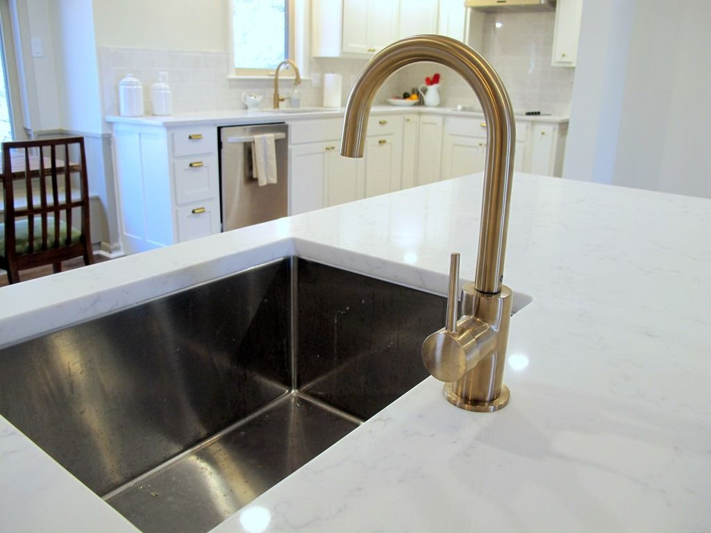 Large Kitchen Bar White Kitchen Brass Faucet And Knobs