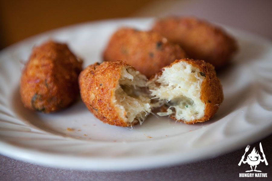 Cafe mimo in new bedford ma specializes in azorean style for Portuguese cod fish recipes