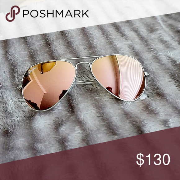 bf8117c75a2 Ray-ban Aviators (Rose Gold) Rose gold mirrored lens with silver frame  aviators from Rayban. These are pretty brand new. I don t have the original  box but ...