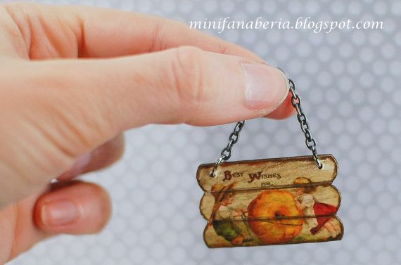 Dollhouse+'Best+wishes+for+Thanksgiving'+hanging+by+MiniFanaberia