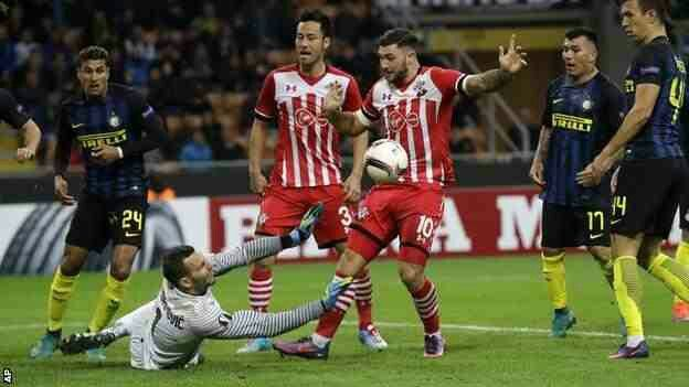 Inter Milan 1 Southampton 0 in Oct 2016 at the San Siro. Samir Handanovic makes a good save for Inter in the Europa League Group K match.
