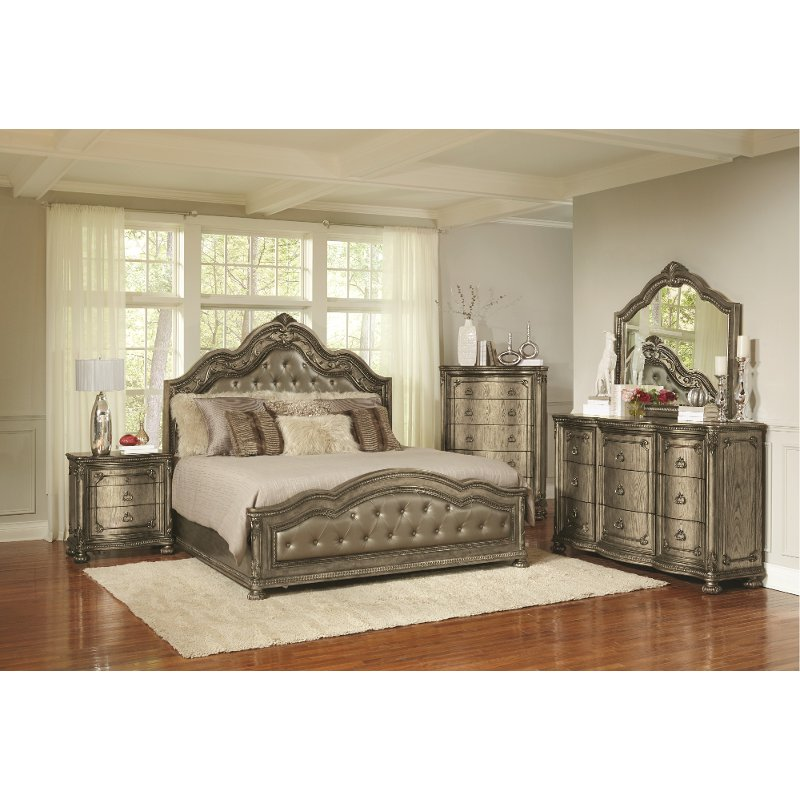 Traditional Platinum Gold 4 Piece Queen Bedroom Set Seville