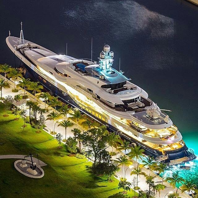 Can you name this mega yacht?  Photo courtesy of @stephen_n_miami  #singyacthshow #singapore #yachting #yachtdesign #yacht #yachts #yachtinglifestyle #superyacht #superyachts #yachtlife #boatshow #thegoodlife #boating #magic #luxury #luxuryliving #travel #power #vacation #famous #luxuryyachting #yachtinglifestyle #regatta #fashion #sailing #yachtshow #transport #bigboytoys by singyachtshow