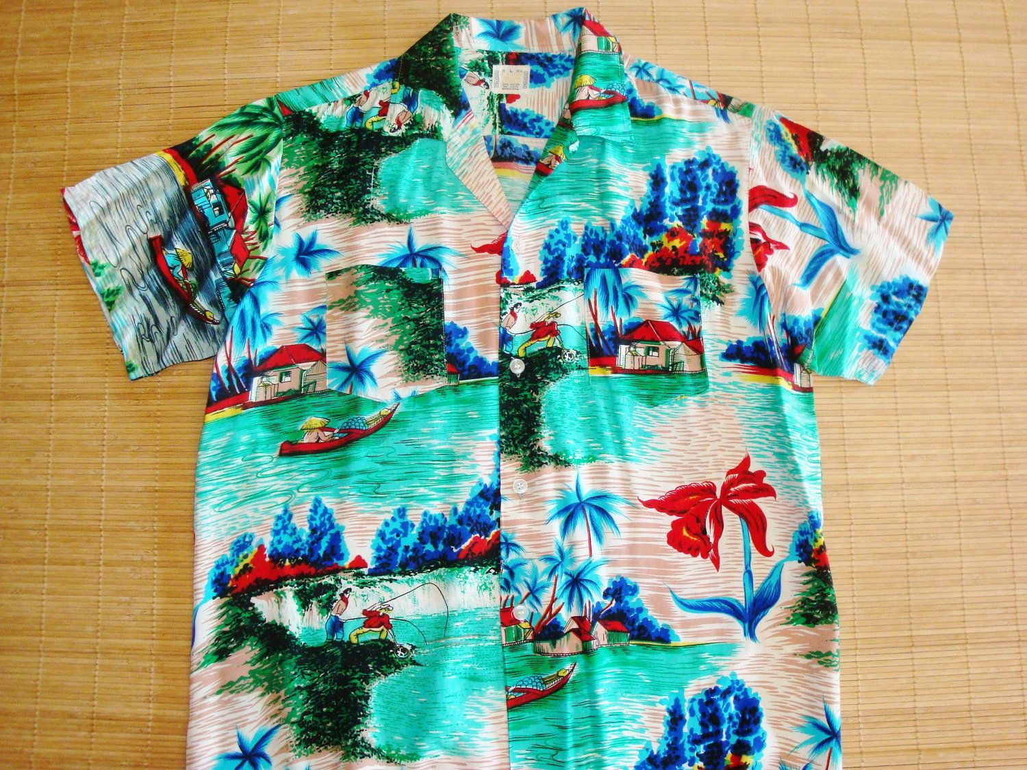Mens Vintage 60s Totem Pole Sir Clifford Rayon Hawaiian Aloha Tiki Shirt - L - The Hana Shirt Co
