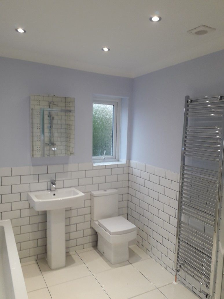New Bathroom In Seaside Home Walls In Dulux Blueberry White Poole Bournemouth Painter Dulux White Paint Dulux White Bedroom Colour Palette