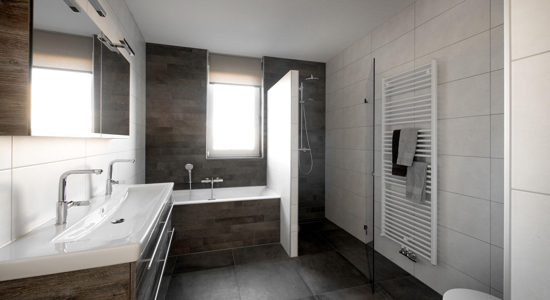 Betonlook badkamer van Middelkoop   Klantervaringen Middelkoop ...
