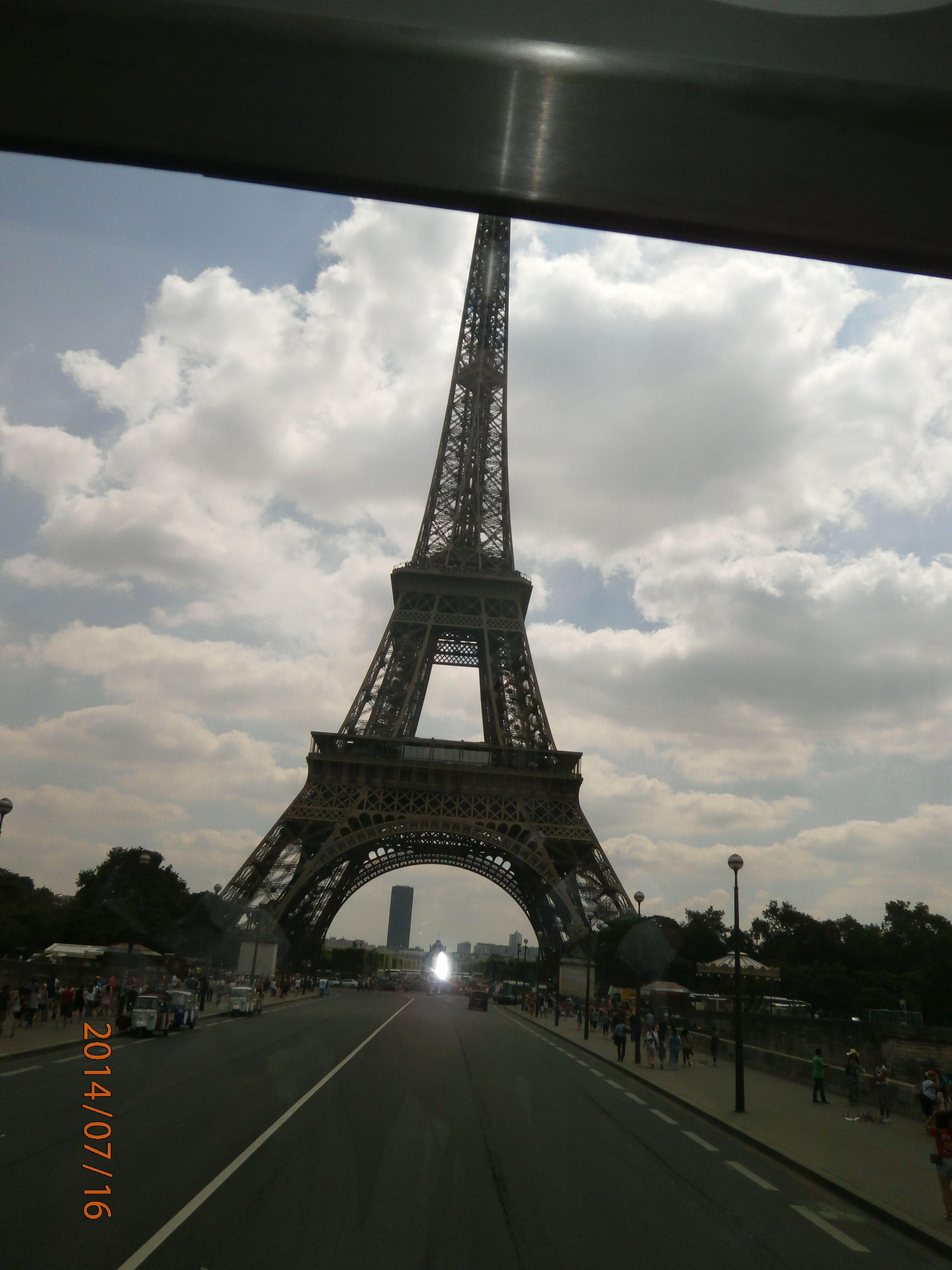 Más cerca de la Torre ...