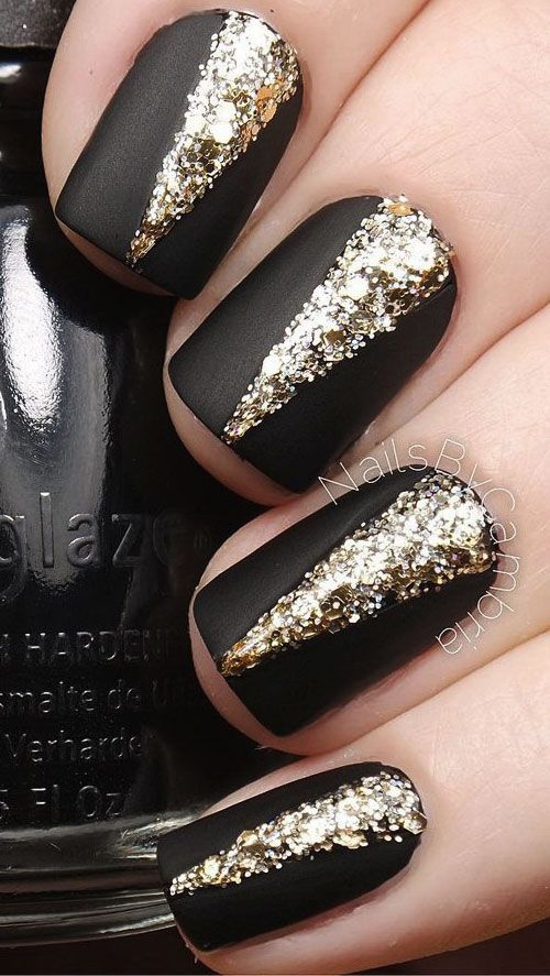 50 Beautiful Nail Designs to Try This Winter | Winter nail art ...