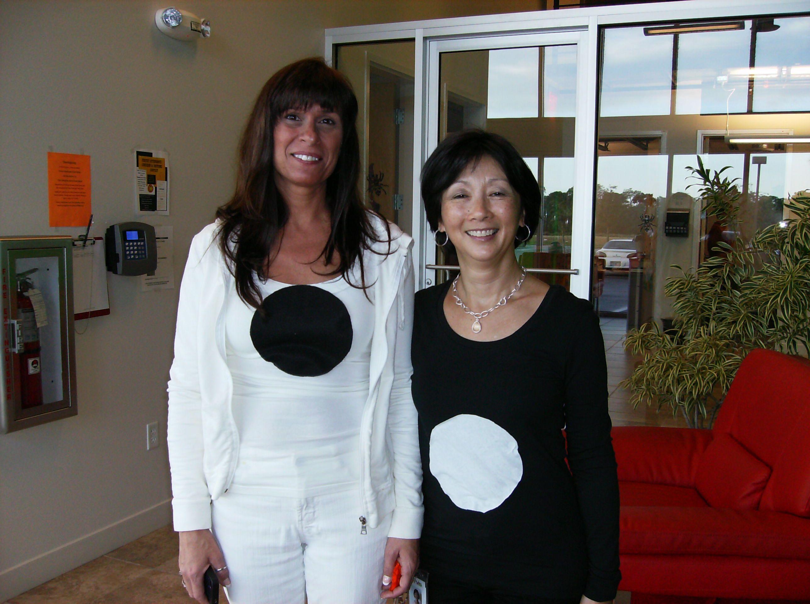 Haloween 20 at Tervis! Yin & Yang!  Bff halloween costumes