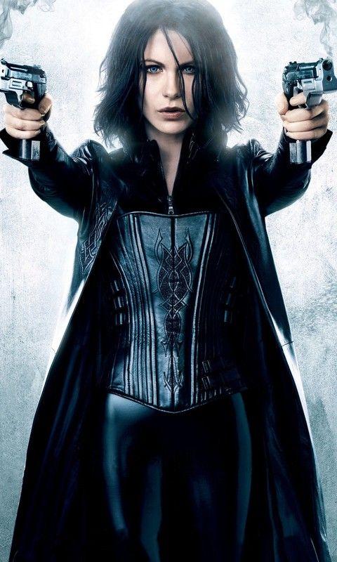Kate Beckinsale as Selene, Underworld Woman Who Kick Ass