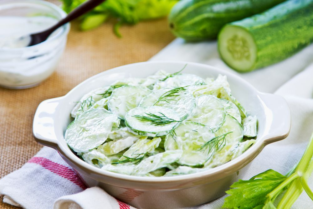 View this recipe on Simplify Supper...http://simplifysupper.com/mint-salad-1