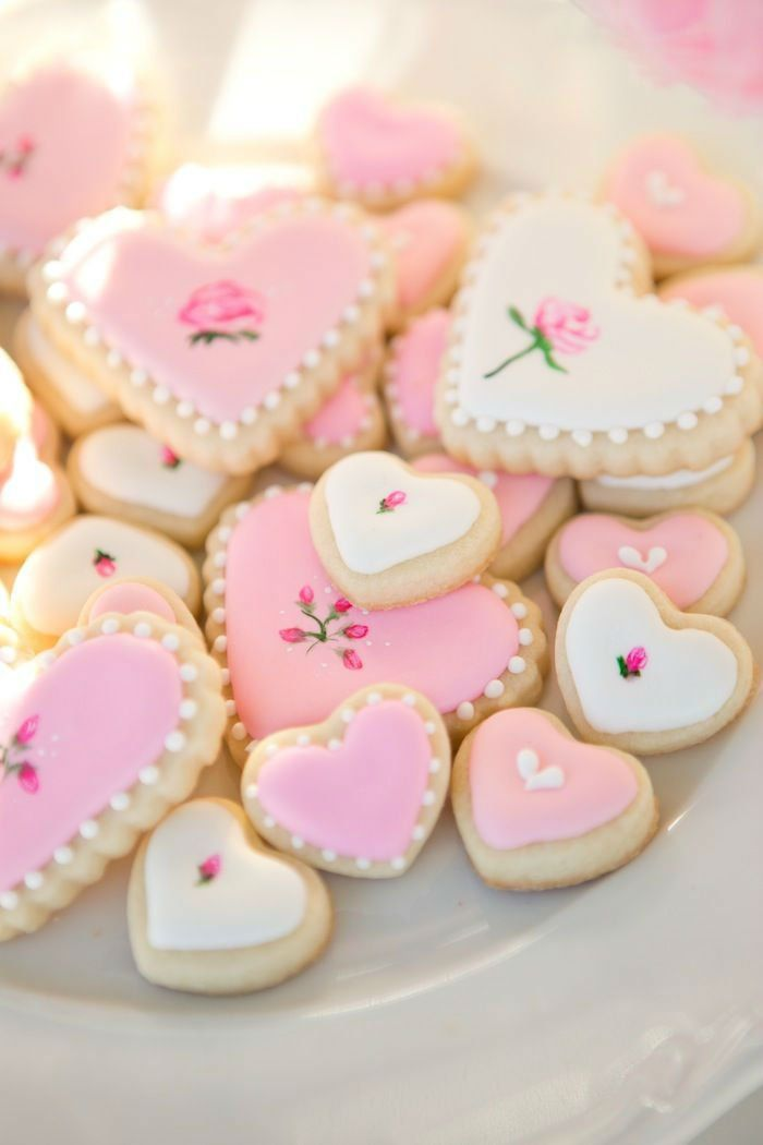 53 Lovely Decoration Ideas for Valentine\'s Cookies | Sugaring ...