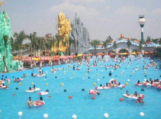 Buzzfeed Names Hanoi Saigon Water Parks Among The Coolest In The World Vietnam Travel News Latest News Park