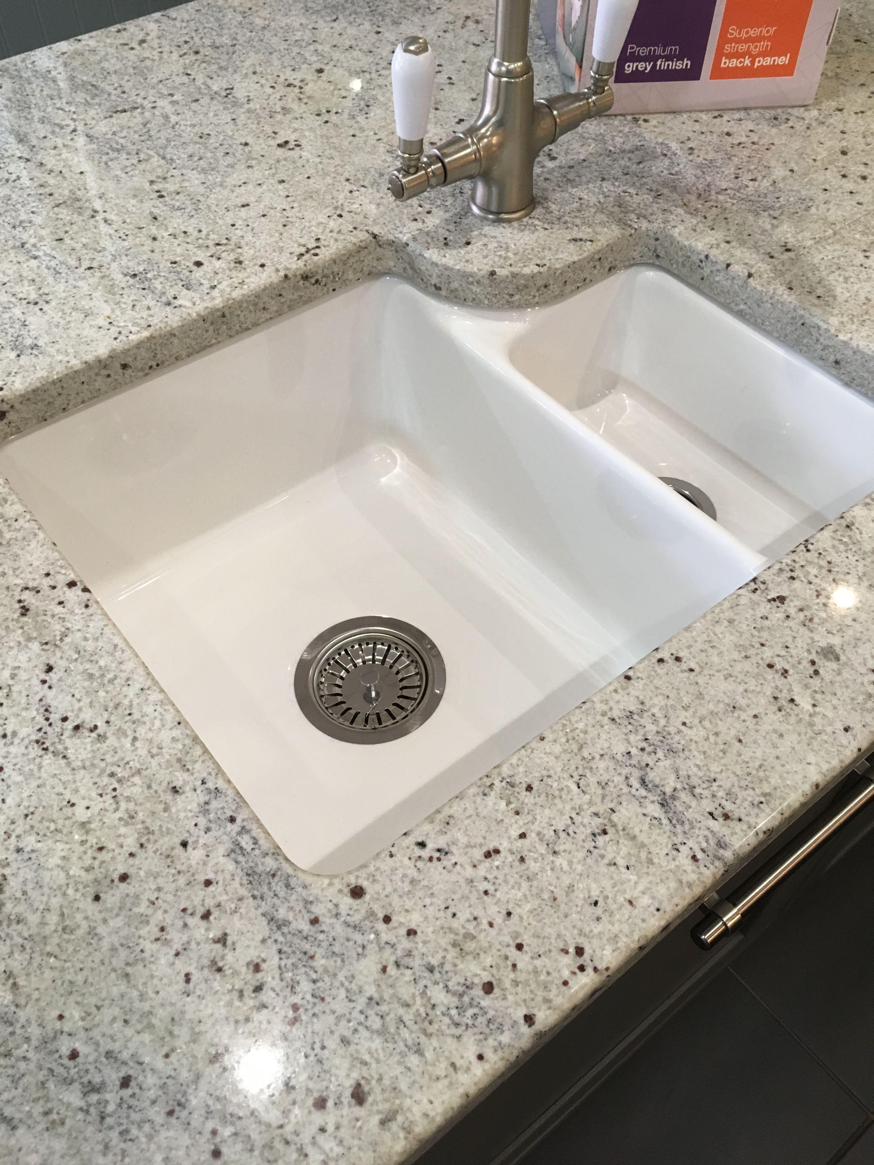 Undermount porcelain sink 15 magnet Undermount porcelain