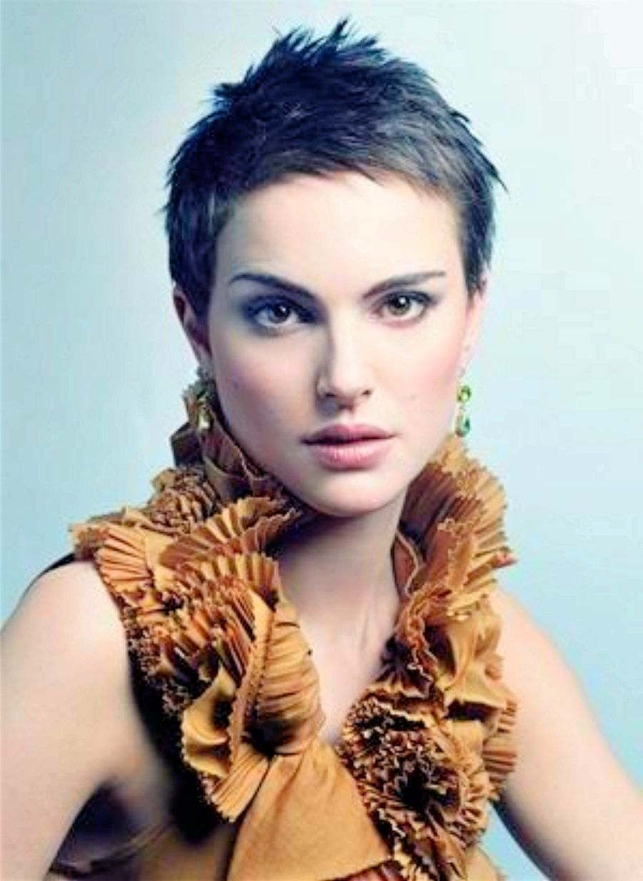 Gorgeous super short pixie natalie portman knocks it out of the