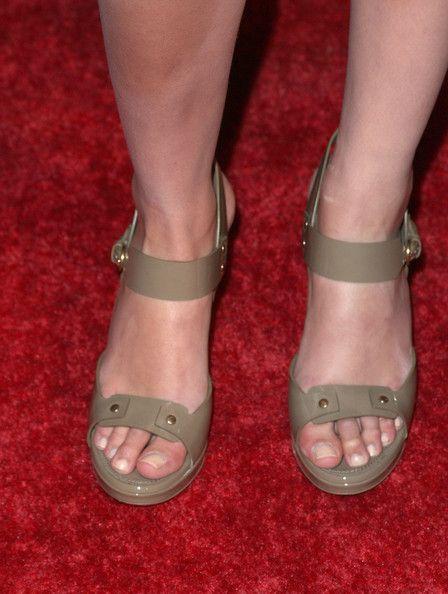 Gal Gadot Feet Pictures Photos And Images Gal Gadot Actress And