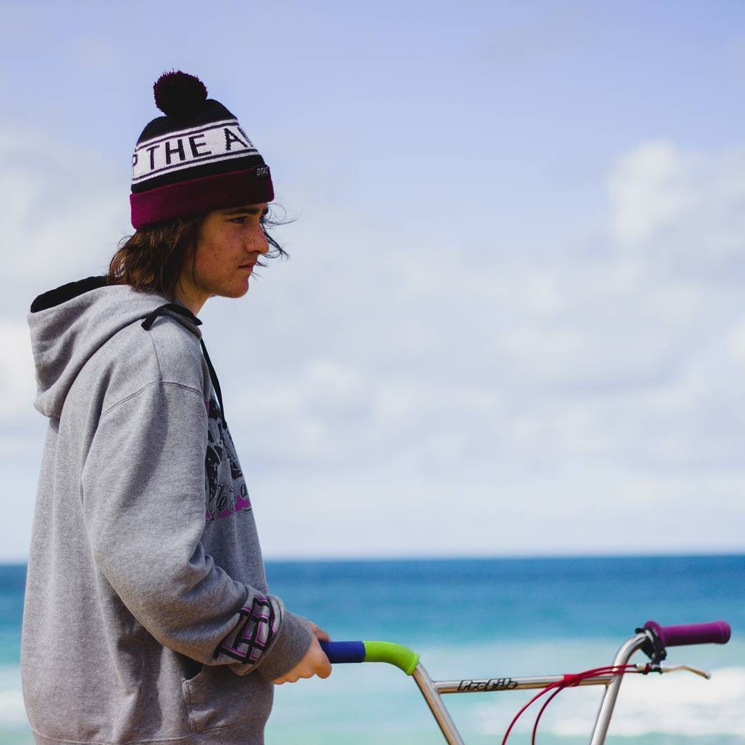 Photo @thewilsonmurphy got of me and the lost bæ. Missing the rig so much  #bmx #modelmaterial  #beach #warrnambool #missyou #bae # #munted #bmxislife #someonesellmeabike by js_threehundred