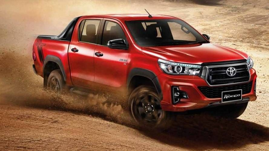 Toyota In A Hurry To Give The Hilux A Facelift Carros