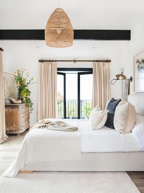 Modern Farmhouse Bedroom With Black White And Beige Decor Bedroom Bedroomdecor Bedroomdeco In 2020 Beautiful Bedroom Inspiration Modern Bedroom Design Airy Bedroom