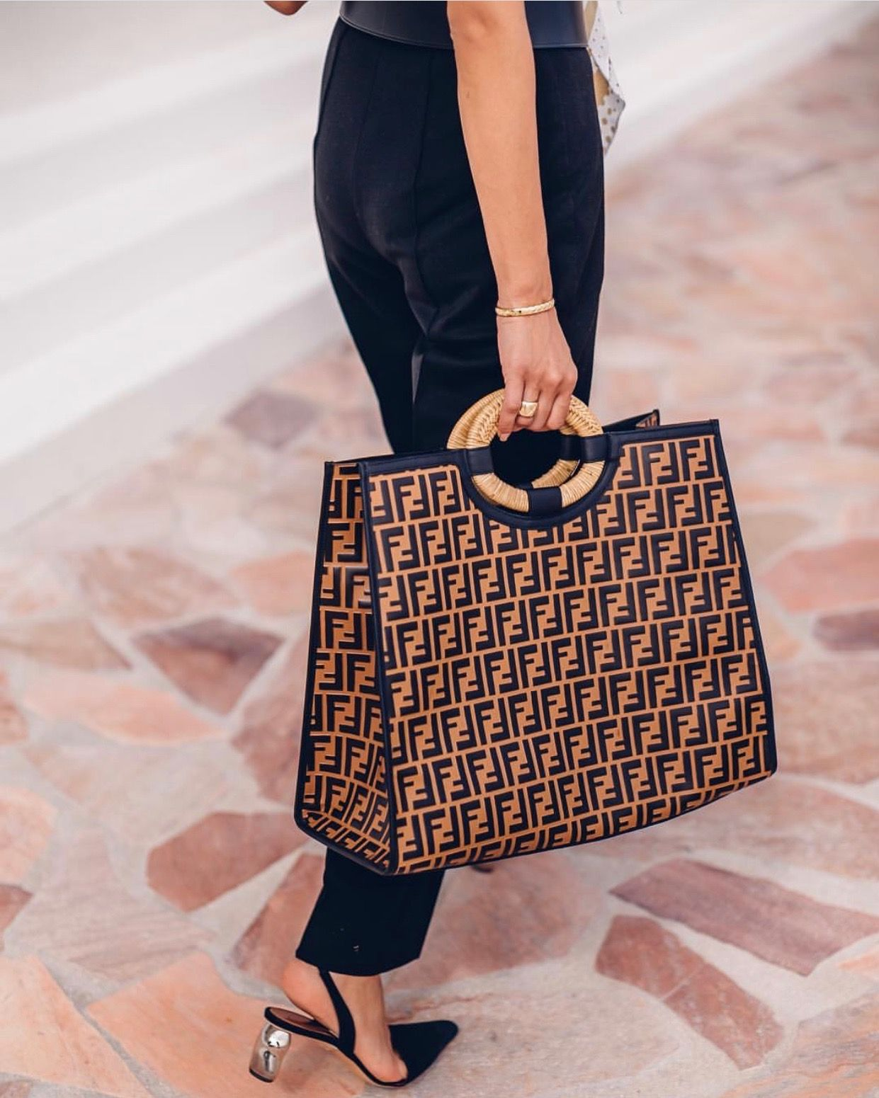 1b351a7b4dff Love this bag Hamptons Fashion