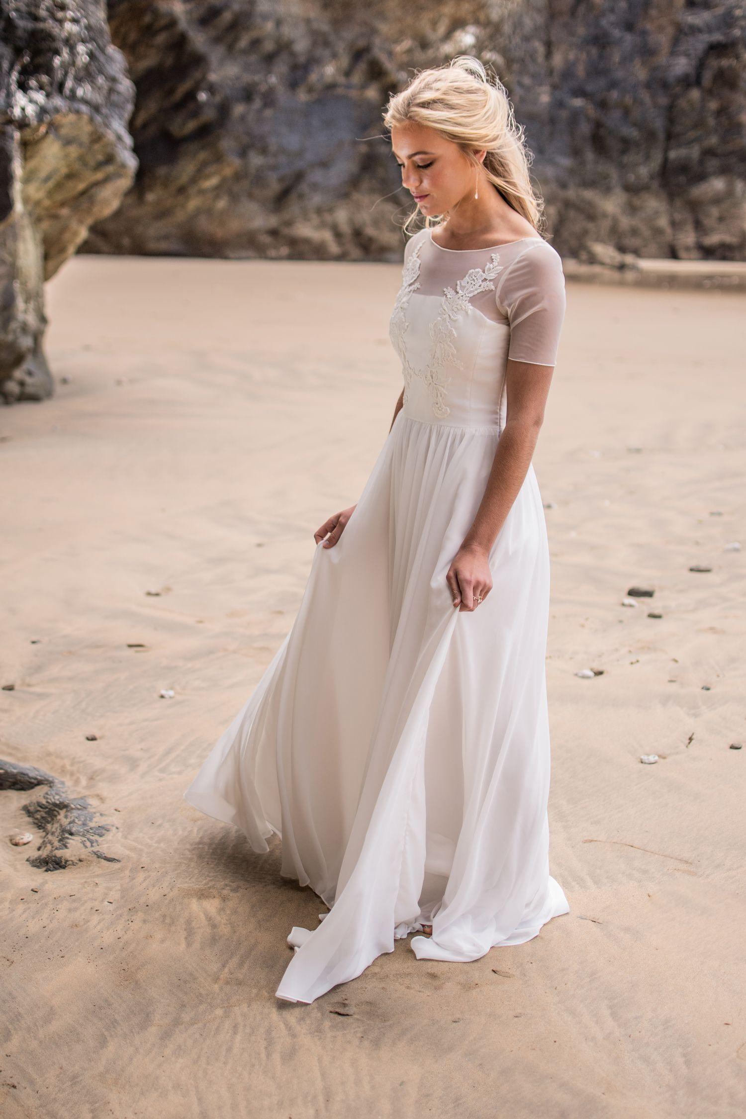 Short Sleeved Wedding Dress With Sheer Sleeves Weddingdresseswithshortsleeves Short Sleeve Wedding Dress Wedding Dresses Sheer Sleeves Wedding Dress Sleeves [ 2250 x 1500 Pixel ]