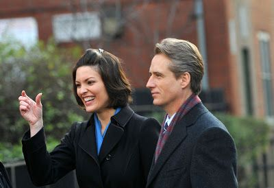 Beautiful Couple Linus Roache And Alana De La Garza With Images