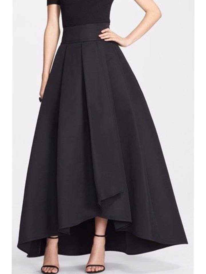 Le cose in cui mi incasino sempre sono quelle facili.... Sono abituata alle cose difficili io.. ;) #TagsForLikes #follow #followme #andria #puglia #italy #bloggers #style #fashionstylist #fashion #modadonna #love #amazing #knitwear #fashiondesigner #isabelladimatteotricot #girls #women #shoponline #shopping #abbigliamentosumisura #sexy #work #cute #dress #model #outfit #mode #black #handmade